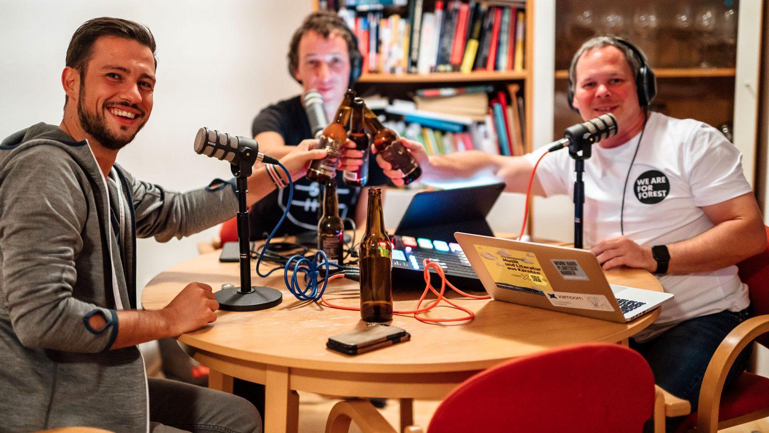 Landesrat Sebastian Schuschnig, Daniel Gollner, Georg Holzer und die charmante Assistentin